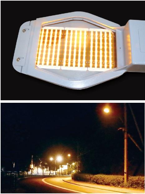 アンバー色のLED道路灯