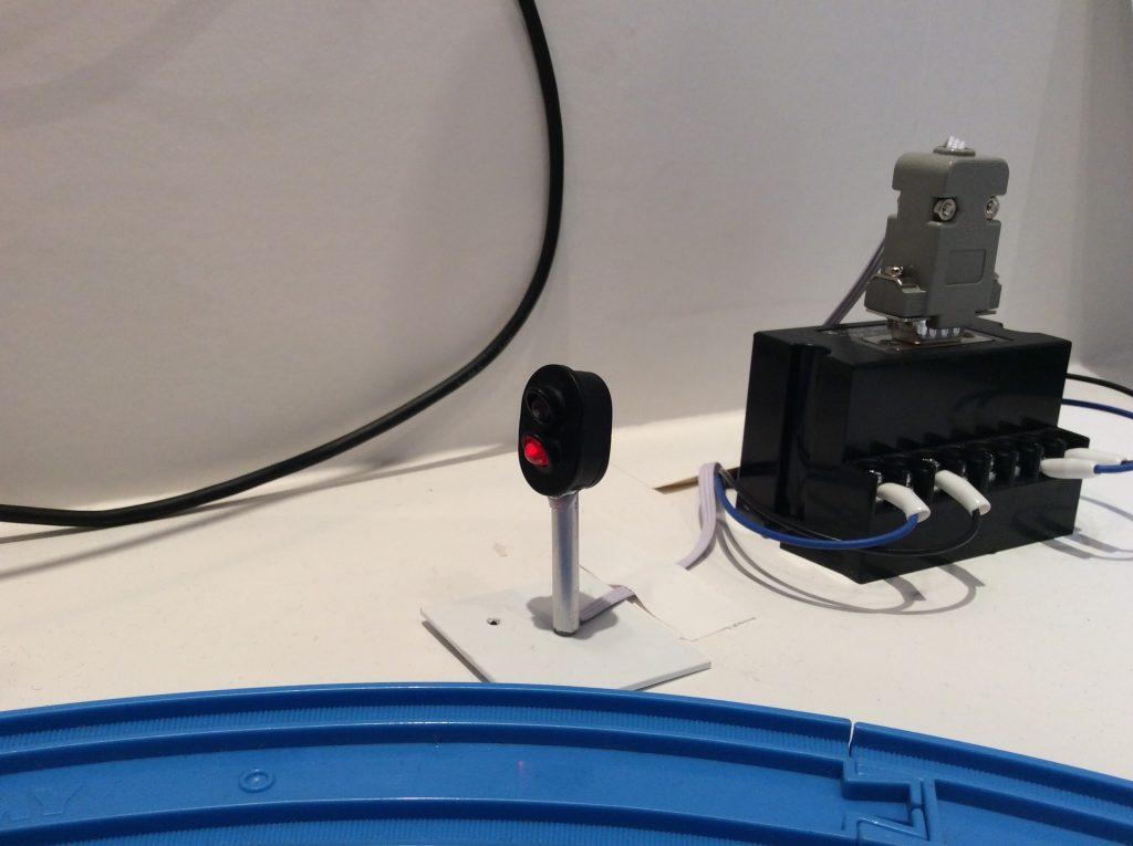 不二電機可視光通信デモ3